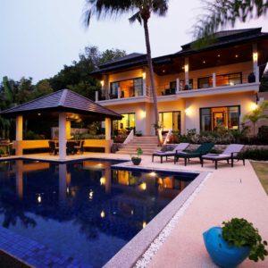 villa-pool-night-12