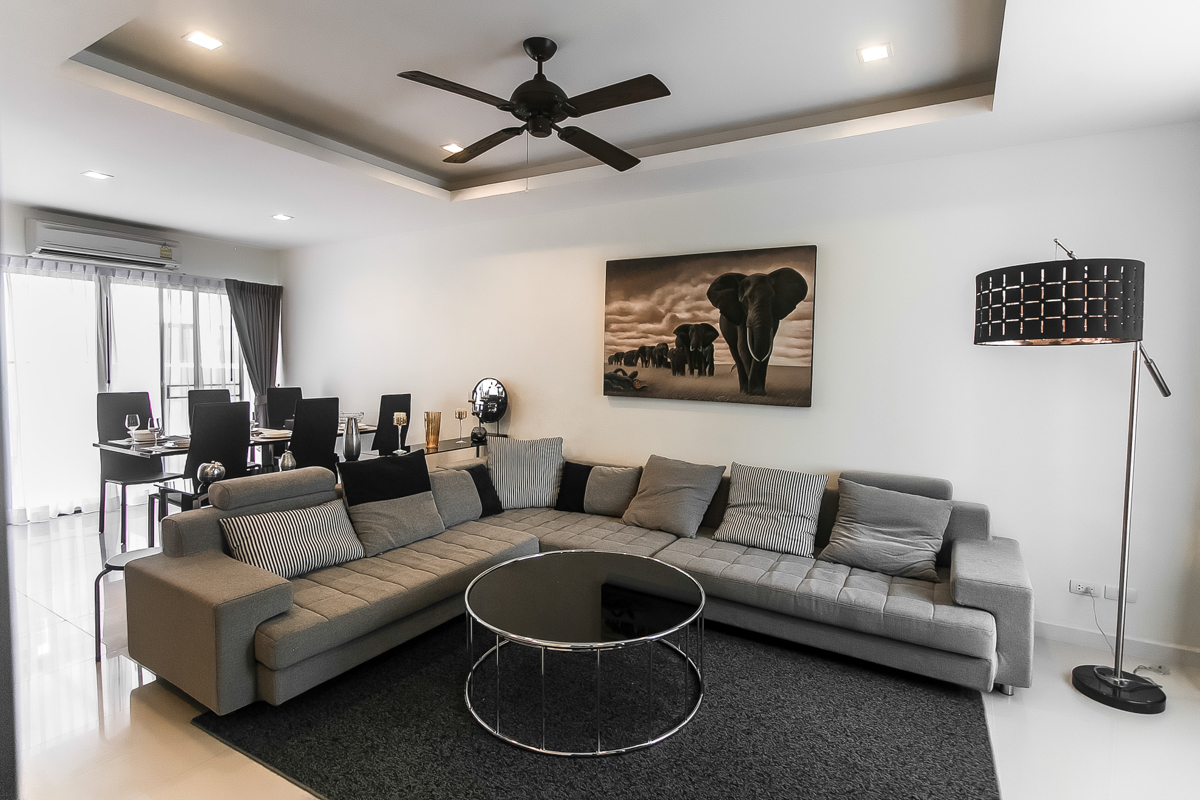 1. Eliza Townhouse. 1-st floor_Living room + dining + kitchen + terrace_4