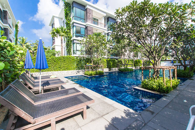 2 Bedroom Luxury Beachfront Condo (26)