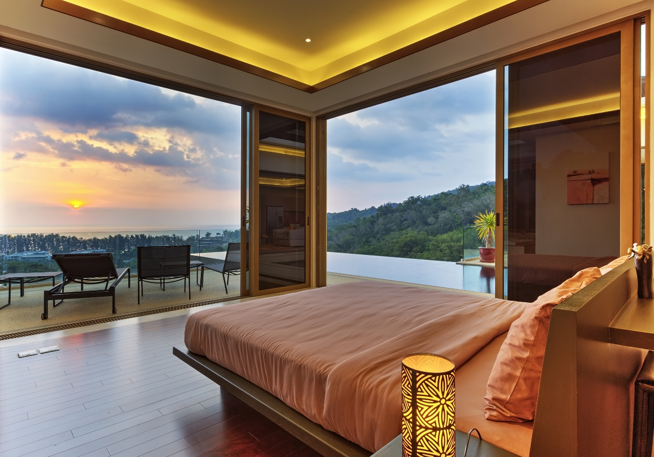 13 Master Bedroom at Sunset